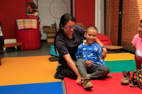 Terapista por un día Teletón Guatemala